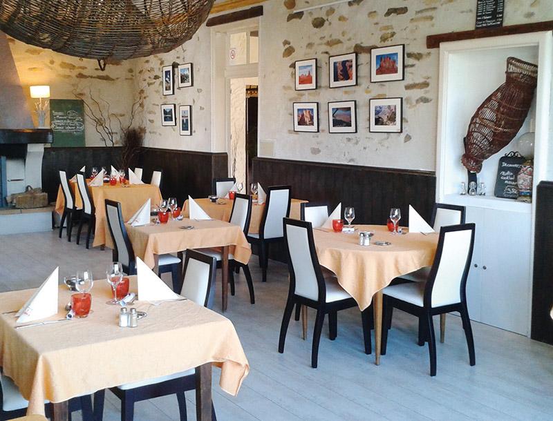 Restaurant Auberge Du Val De Loire Restaurants Et Gastronomie Nantes Les Tables De Nantes