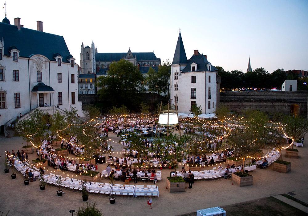 La Tablée unique autour d'Alain Passard, Cour du Château des ducs de Bretagne, 2012